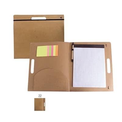 Cartella portablocco in carta riciclata con elastico post it e penna in cartone