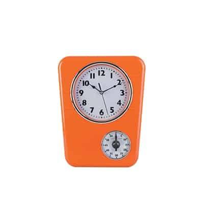 Orologio da parete dotato di timer